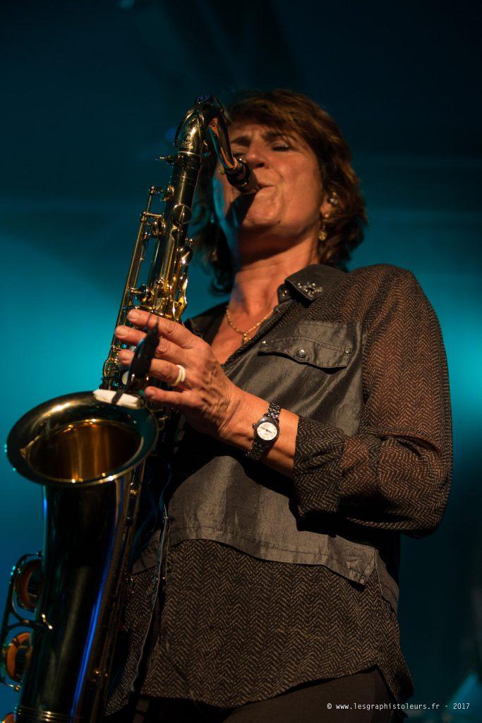 Claire Piquemal - Saxophone, Choeurs